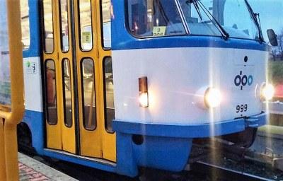 Dopravní stavby a omezení v provozu linek DPO