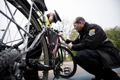 Městská policie nabízí forenzní značení kol a invalidních vozíků