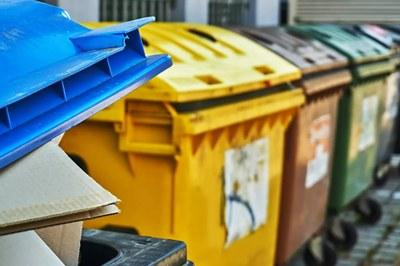 Nádoby na tříděný odpad mají sloužit všem obyvatelům