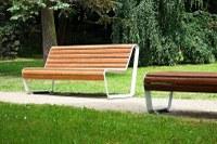 Obyvatelé Mariánských Hor a Hulvák si mohou osvojit lavičku