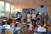 Prvňáčky vítali ve školách i zástupci radnice