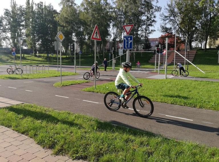 Sportovní i dopravní hřiště u ZŠ Gen. Janka znovu otevřeno